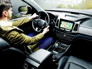 SsangYong_Motors_Deutschland_Musso_Grand_Innenraum_300dpi
