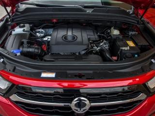 SsangYong Motors Deutschland Musso Motorraum